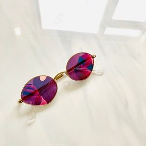 QUAY Small Oval Sunglasses with Pink Lenses